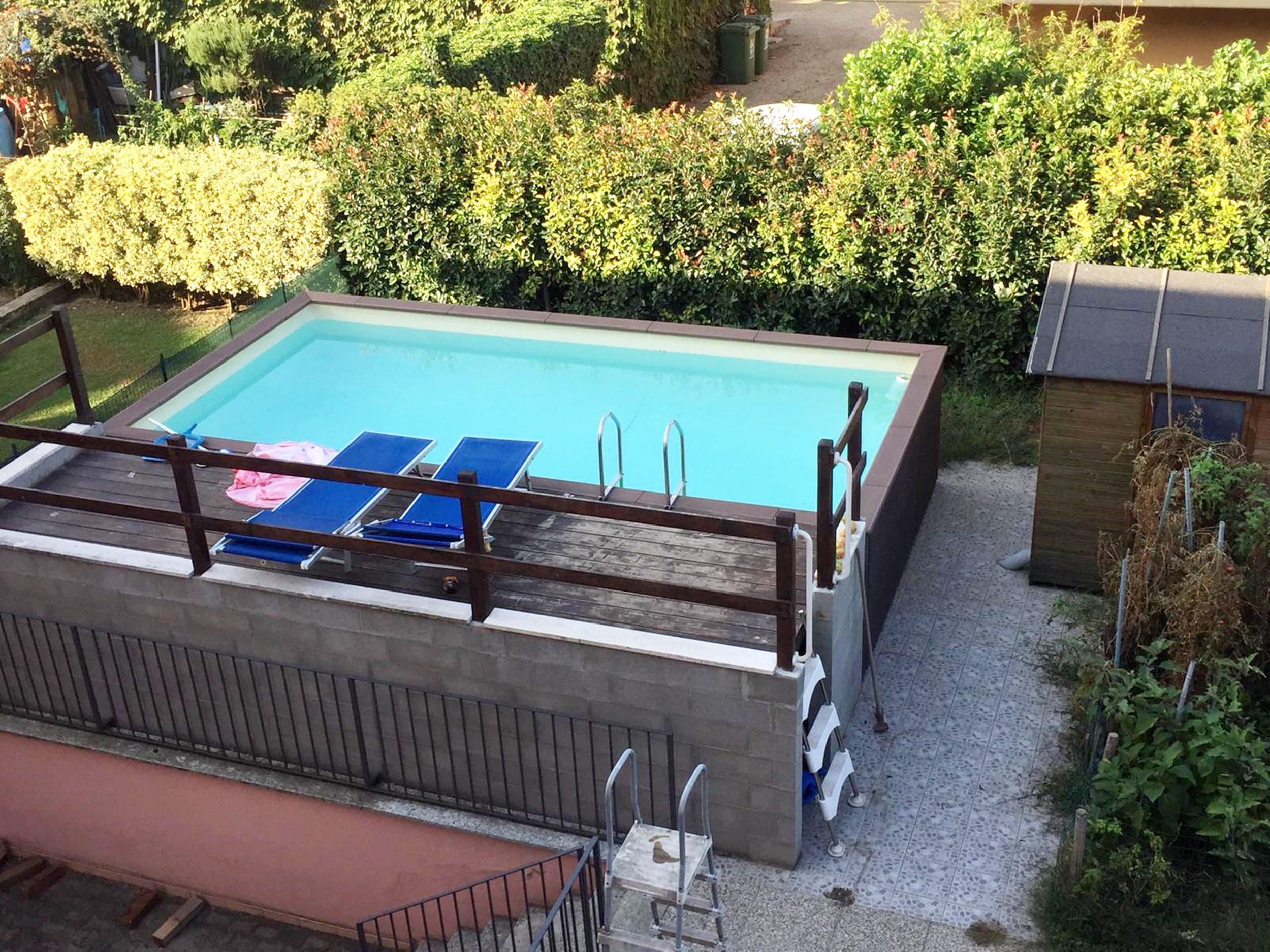 Cerchi una villa con piscina? Guarda l'annuncio!